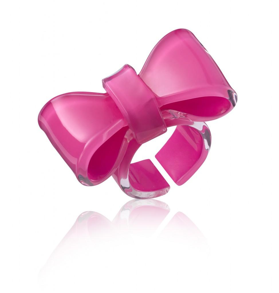 ללין משיקה לקראת חודש המודעות לסרטן השד, טבעת סרט וורודה. חמישים אחוז מה... (2)