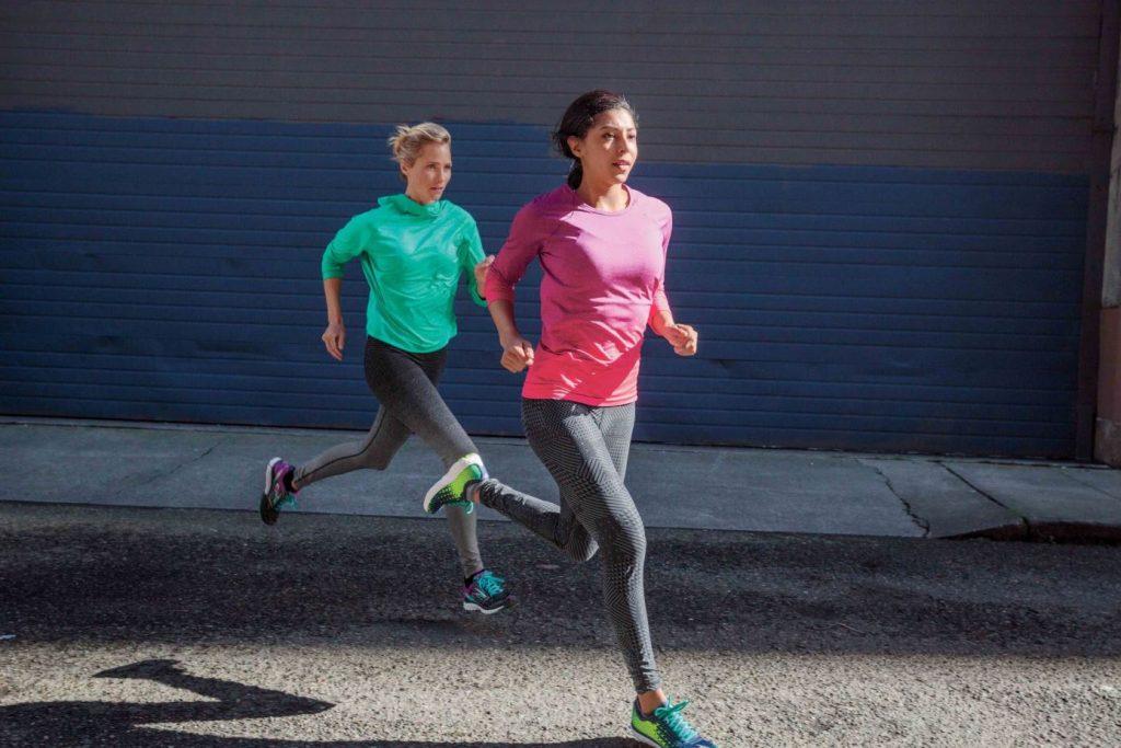 ריצה חורפית בנוחות מקסימלית על פי BROOKS