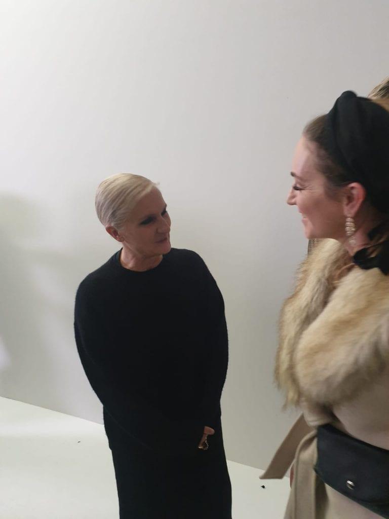 ברוריה עם מעצבת המותג דיור מריה גרציה מאחורי הקלעים